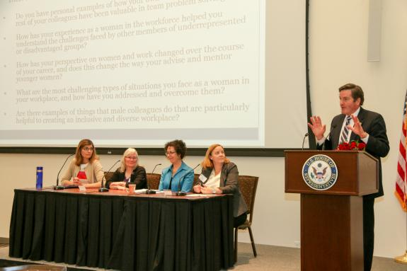 At Advancing Women's Careers and Dreams Conference,  Garamendi & Experts Discuss Status of Women in the Workplace in 2015